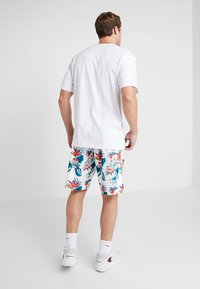 Mitchell & Ness - NBA FLORAL SHORTS CHICAGO BULLS - Pantalón corto de deporte - multi-coloured - 2