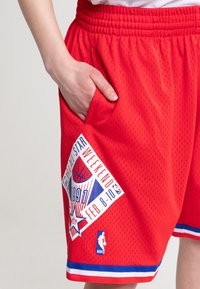 Mitchell & Ness - NBA SWINGMAN SHORTS ALL STAR WEST 1991 - Short de sport - red - 3