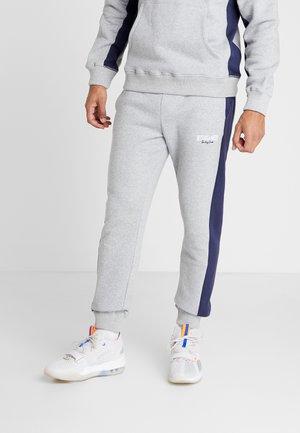 PANELED PANT - Verryttelyhousut - grey