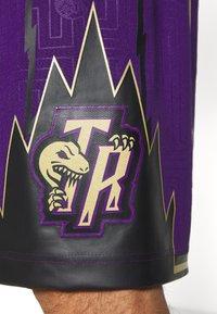 Mitchell & Ness - NBA TORONTO RAPTORS SWINGMAN SHORT - Short de sport - purple - 5