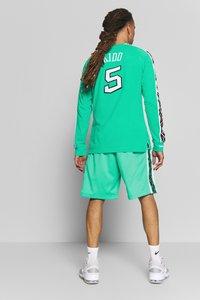 Mitchell & Ness - NBA ALL STAR PATTERN SHORT - Korte broeken - teal - 2