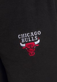 Mitchell & Ness - NBA CHICAGO BULLS REVERSED TEARWAY PANT - Klubové oblečení - black - 6