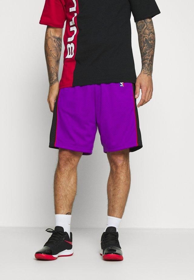 NBA TORONTO RAPTORS SWINGMAN SHORTS - Sportovní kraťasy - purple/black