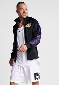 Mitchell & Ness - NBA LA LAKERS TRACK JACKET - Veste de survêtement - black - 0