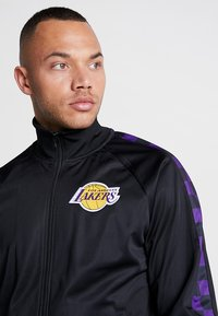 Mitchell & Ness - NBA LA LAKERS TRACK JACKET - Veste de survêtement - black - 3