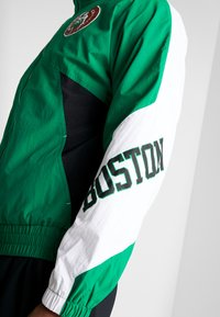 Mitchell & Ness - NBA BOSTON CELTICS MIDSEASON 2.0 - Verryttelytakki - green - 4