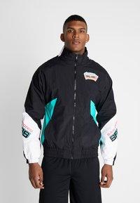 Mitchell & Ness - NBA SAN ANTONIO SPURS MIDSEASON - Trainingsvest - black - 0