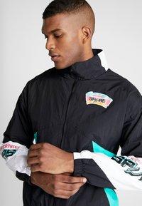 Mitchell & Ness - NBA SAN ANTONIO SPURS MIDSEASON - Trainingsvest - black - 6