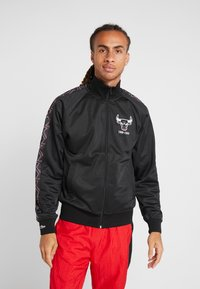 Mitchell & Ness - NBA CHICAGO BULLS TRACK JACKET - Pelipaita - black - 0