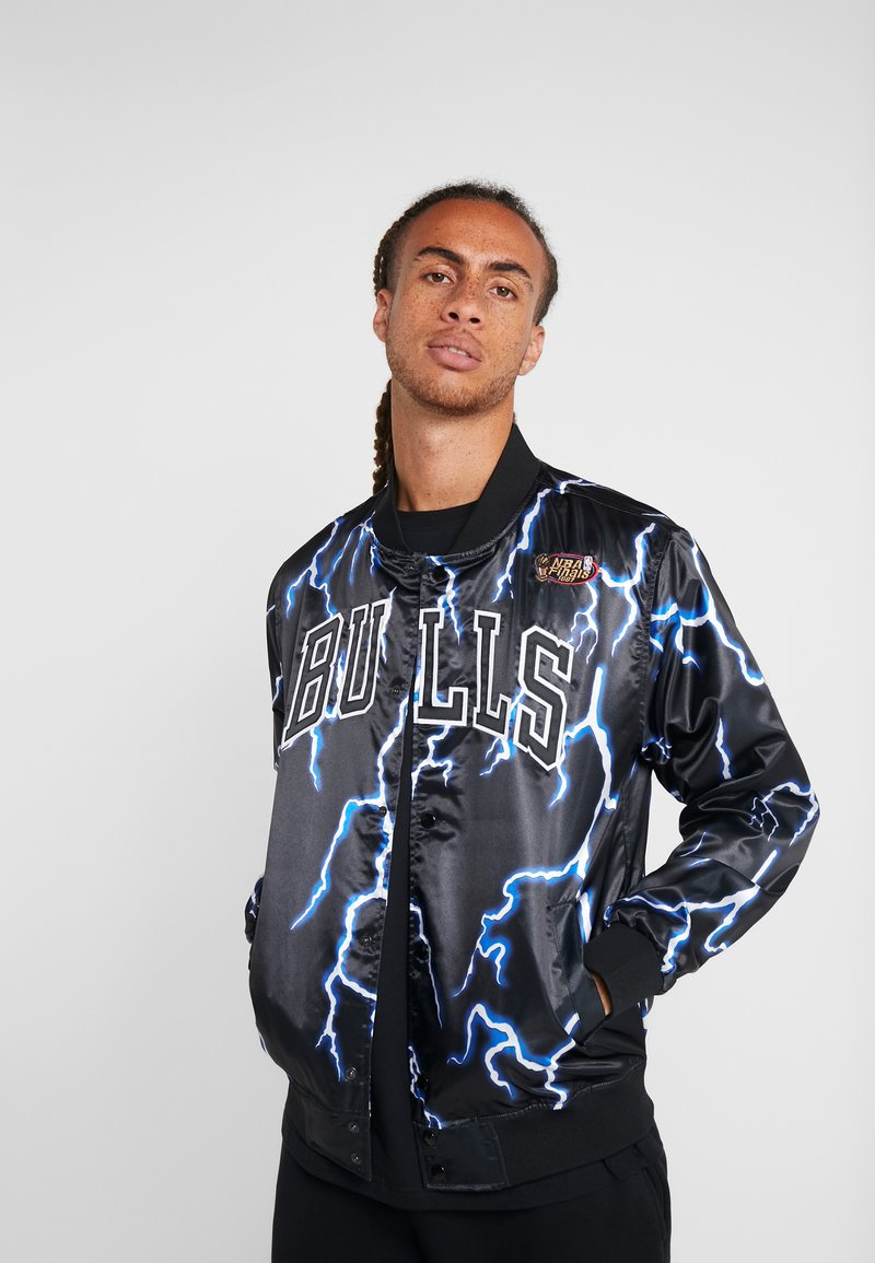Mitchell & Ness - CHICAGO BULLS NBA LIGHTNING JACKET - Pelipaita - black