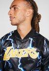 Mitchell & Ness - LOS ANGELES LAKERS NBA LIGHTNING JACKET - Club wear - black