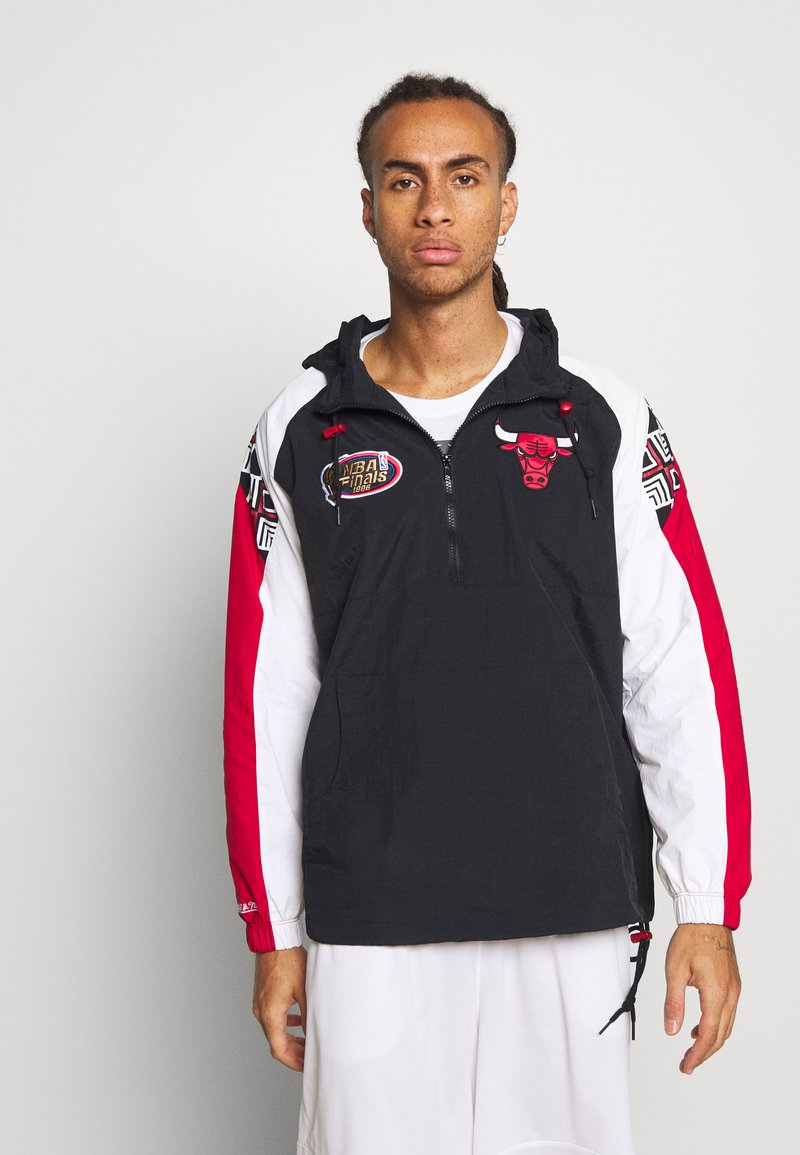 Mitchell & Ness - NBA CHICAGO BULLS HALF ZIP ANORAK - Article de supporter - black