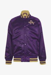 Mitchell & Ness - NBA TORONTO RAPTORS JACKET - Klubové oblečení - purple - 4
