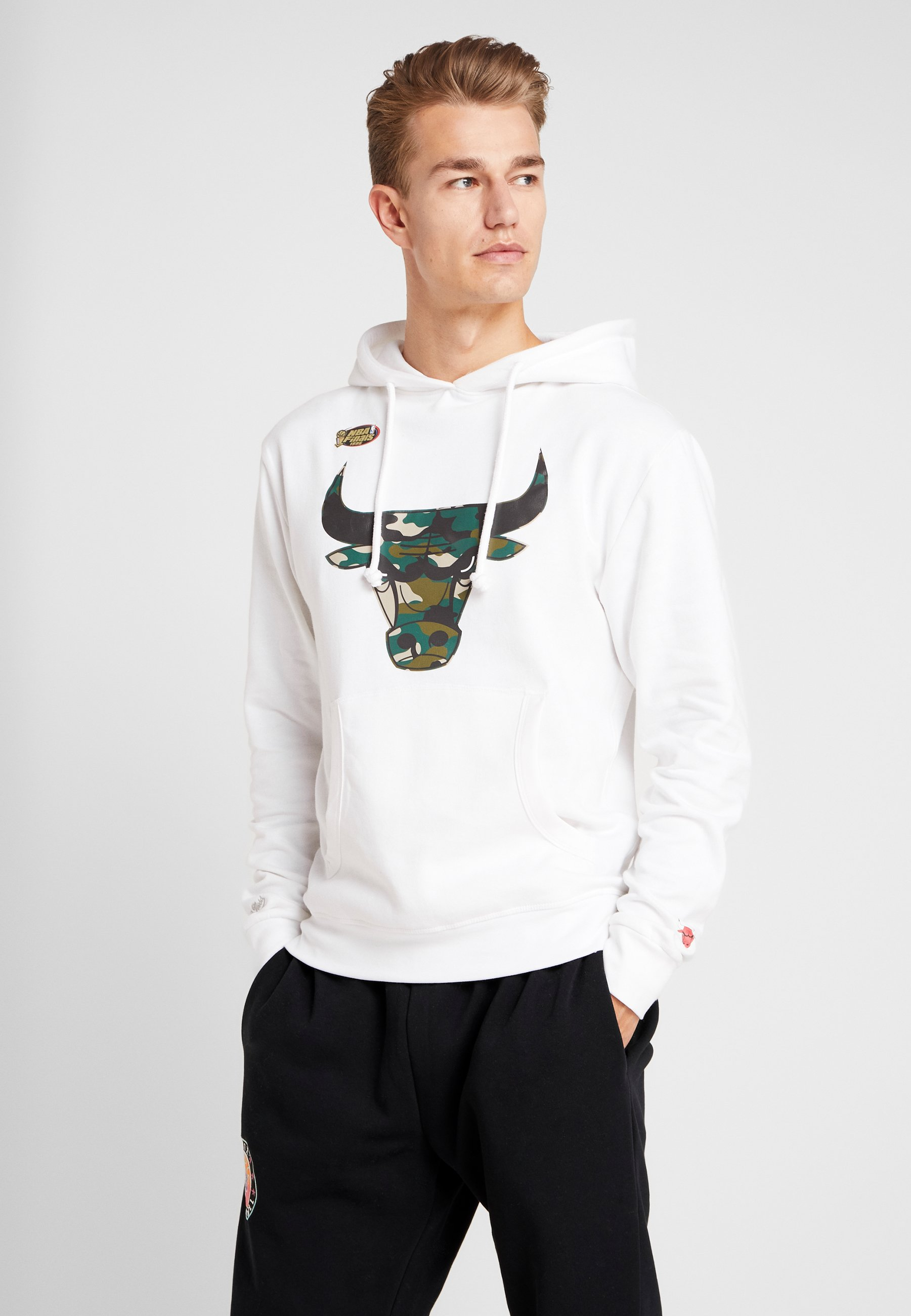 Woodland Ness Camo Nba Bulls De Mitchellamp; Supporter White Chicago HoodyArticle ymNwv8On0P