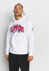Mitchell & Ness - NBA LA CLIPPERS LOGO HOODY - Hoodie - white - 0