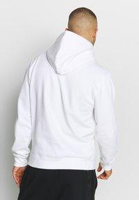 Mitchell & Ness - NBA LA CLIPPERS LOGO HOODY - Hoodie - white - 2