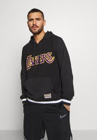 Mitchell & Ness - NBA LA LAKERS GAMETIME  - Mikina s kapucí - black - 0