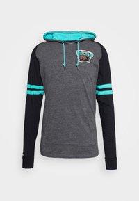 Mitchell & Ness - NBA VANCOUVER GRIZZLIES LIGHTWEIGHT HOODY - Klubové oblečení - black - 4