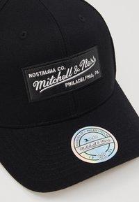 Mitchell & Ness - OUTLINE SNAPBACK - Caps - black - 2