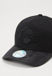 Mitchell & Ness - NBA LA LAKERS - Kšiltovka - black - 2