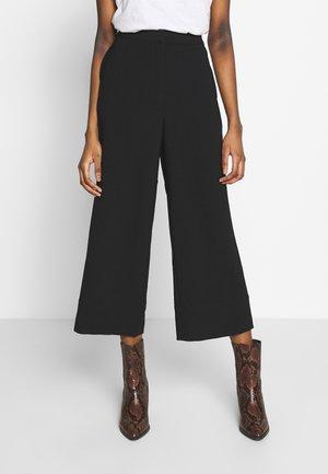 BARCELONA PANTS - Pantalones - black