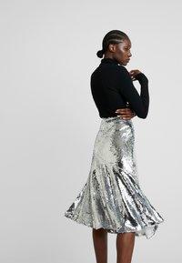 Modström - VIBE SKIRT - A-line skirt - silver - 3