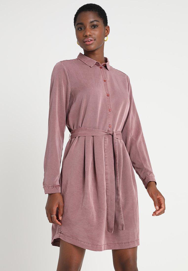 Modström - JASPI DRESS - Blusenkleid - rose taupe