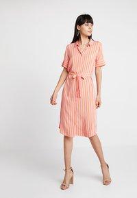 Modström - OTIS PRINT DRESS - Blusenkleid - flamingo pink - 0