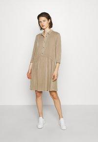 Modström - REMEE DRESS - Košilové šaty - cocoon sand - 0