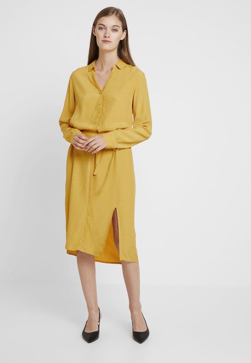 Modström - RYDER DRESS - Shirt dress - golden spice