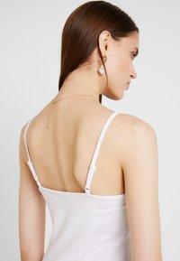Modström - TOY STRAP DRESS - Pouzdrové šaty - white - 5