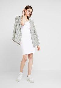 Modström - TOY STRAP DRESS - Pouzdrové šaty - white - 1