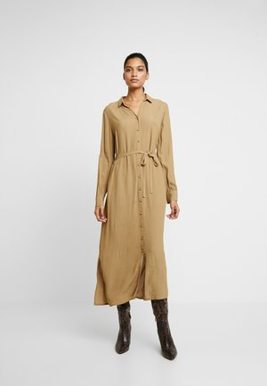 ALISSA DRESS - Skjortekjole - caramel