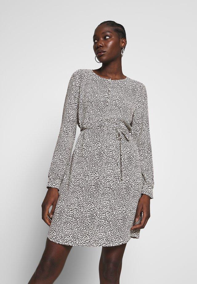 BETH PRINT DRESS - Korte jurk - white