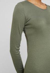 Modström - KROWN FLARE DRESS - Jumper dress - dark khaki - 6