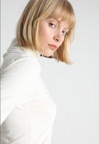 Modström - TANNER   - Maglietta a manica lunga - vanilla - 3
