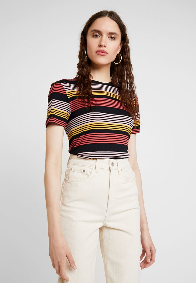 STRIPE - T-Shirt print - fire