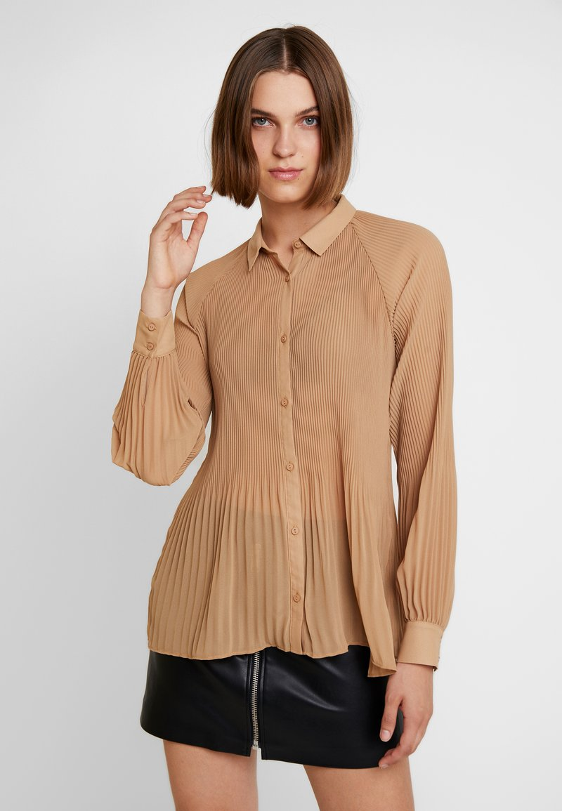 Modström - Button-down blouse - camel