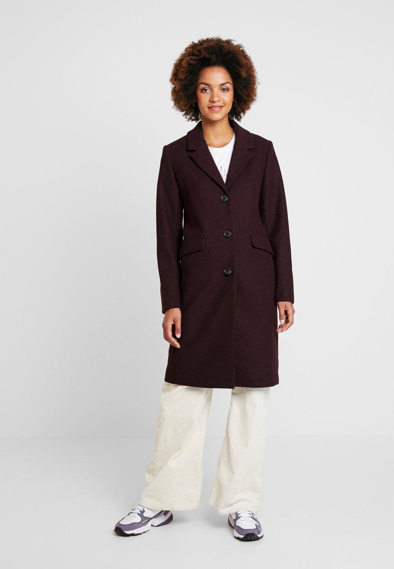 Modström - PAMELA COAT - Classic coat - dark ruby