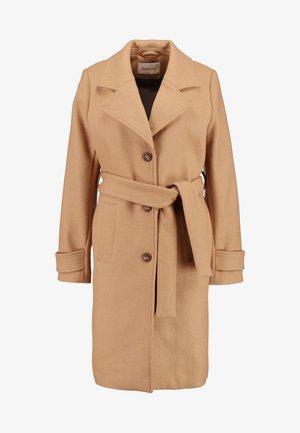 PILOU COAT - Zimní kabát - camel