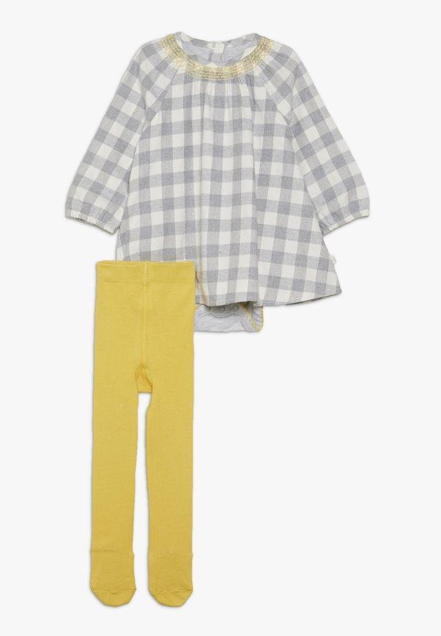 BABY CHECK DRESS TIGHTS SET - Denní šaty - grey