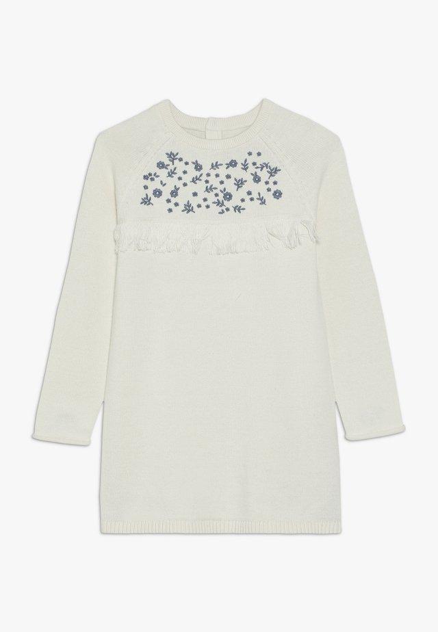 DRESS - Pletené šaty - cream