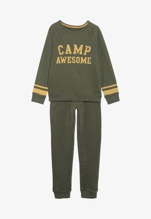 CAMP AWESOME JOG SET - Sweatshirt - khaki