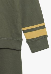 mothercare - CAMP AWESOME JOG SET - Sweatshirt - khaki - 3