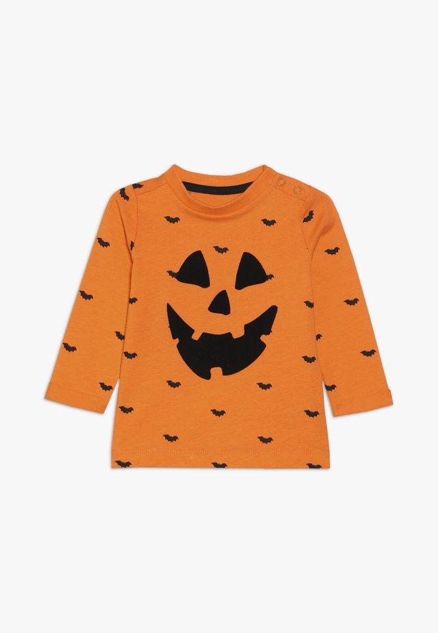 BABY HALLOWEEN PUMPKIN - Langarmshirt - orange