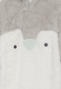 mothercare - BABY FESTIVE FLUFFY PENGUIN - Jumpsuit - grey - 3