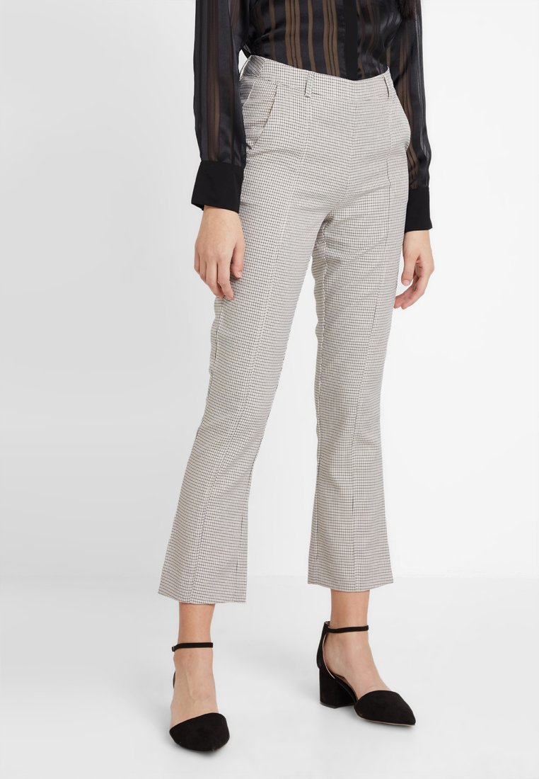 Moves - DUSA - Trousers - beige/off white