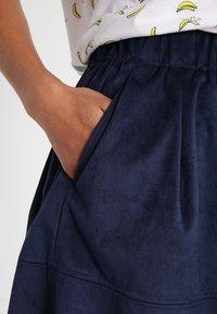 Moves - KIA - A-line skirt - navy - 3