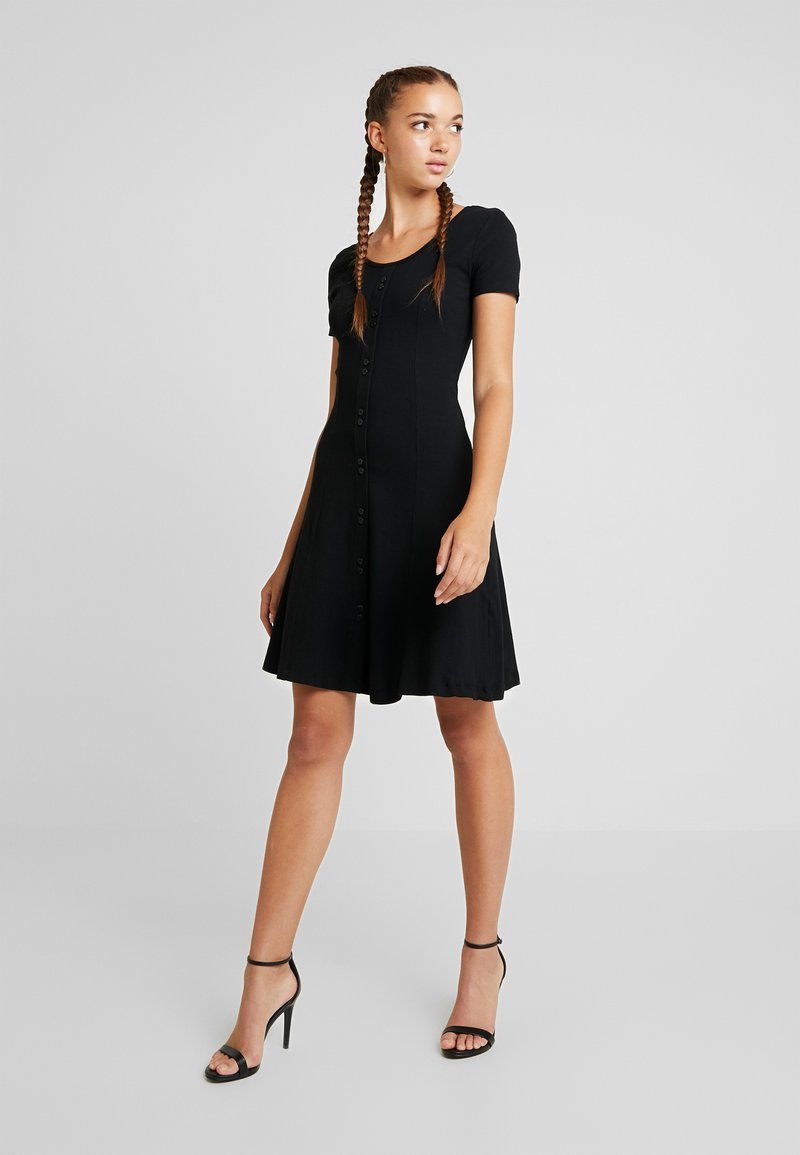 Moves - ILVA - Jerseykleid - black