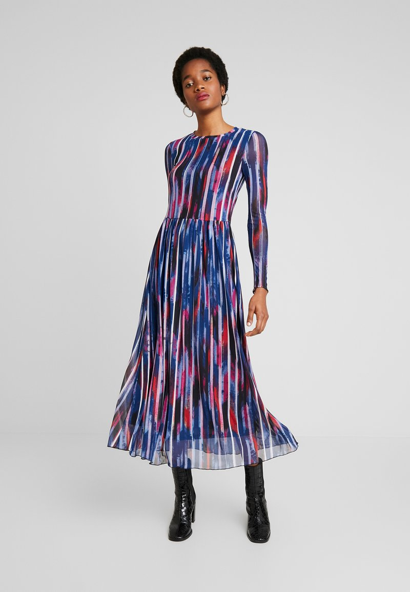Moves - MARISAN - Day dress - flame scarlet